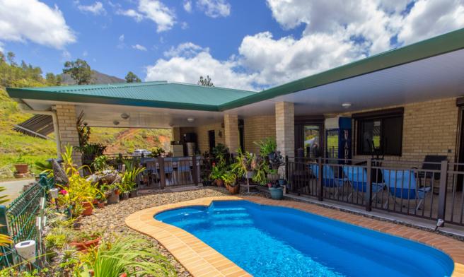 La villa en brique : le best seller d'ASC